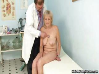 grandma takes a not empty figure  inspection from