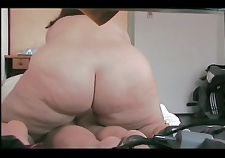 does sucks bottom and massage bbw