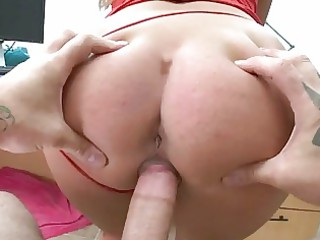 awesome busty woman hoe gives her boss a sweet