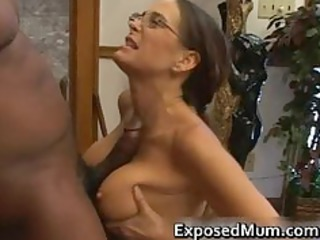 hot mature babe in glasses deepthroating brown