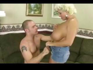 older  desperate lady gets pounded