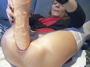 extreme ass plug and orgasm