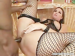 squirt queen flower tucci obtains her anal fucked