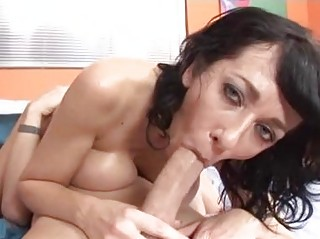 tigth butt brunette momma with huge real chest