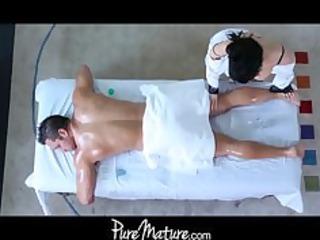 puremature lady massage bottom fuck