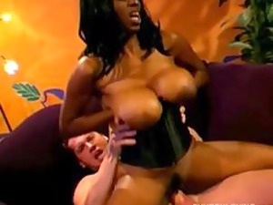 giant tits black mature babe gang-bangs a lucky