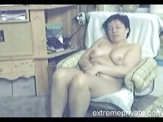 my 48 years latin milf fisting inside living