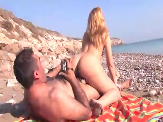 cougar bleached latina fucked on the shore