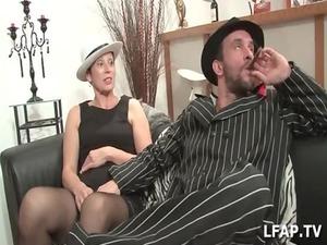 girl cougar francaise a la gullet profonde