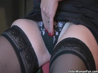 granny joy pleases with her dildo library