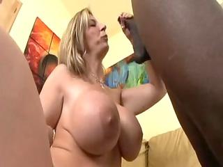 lady  sara jay takes fucked and a awesome facial