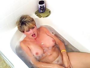 amateur wife swallow sperm