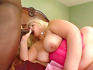 booty-ass-blonde bbw-granny takes bbc